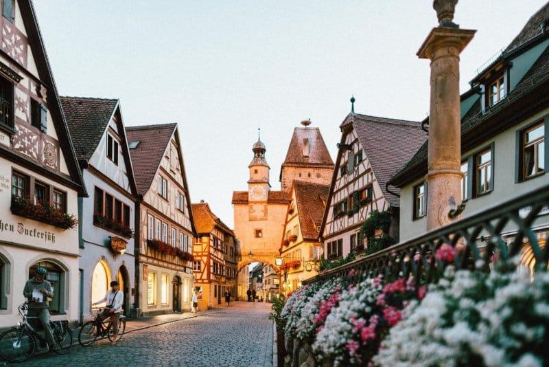 easy german travel phrase guide